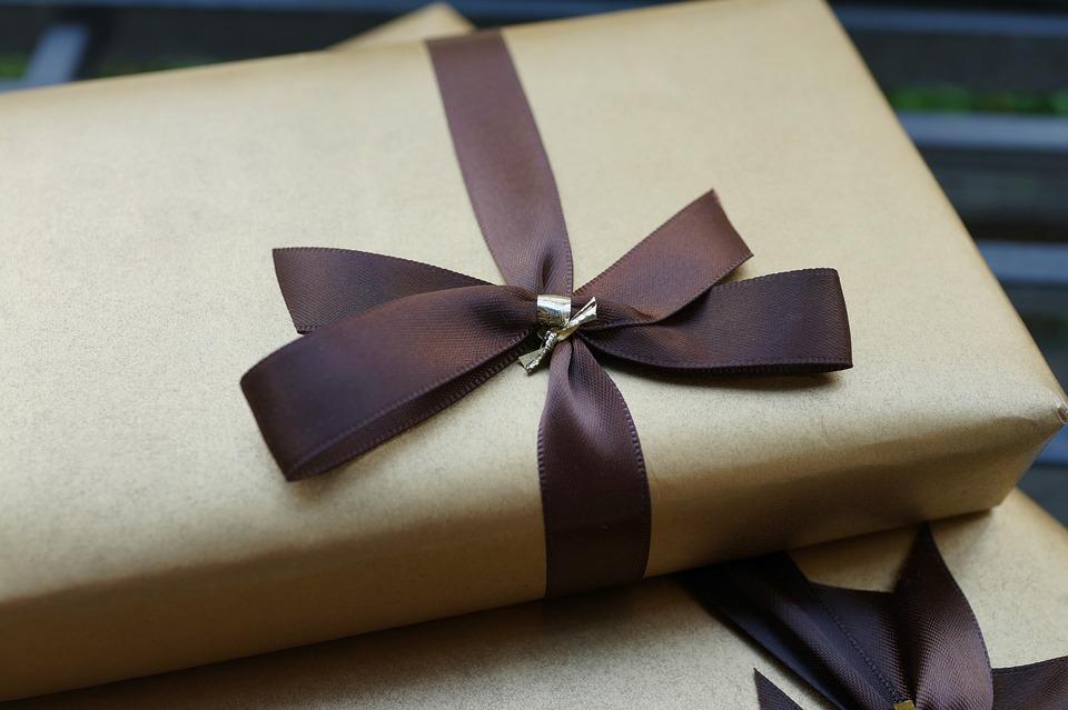 gave i brunt papir